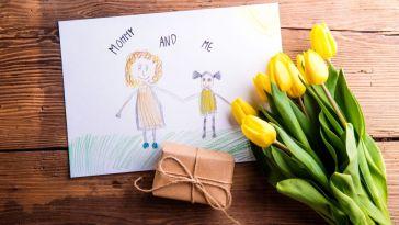 Des idées de cadeaux bien-être pour rendre heureuse toutes les mamans
