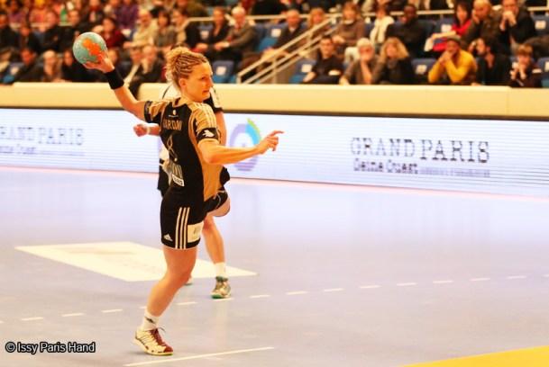 Karolina Zelewski-Gardoni / Issy Paris Hand / Handball Féminin / Handball / Sport Féminin