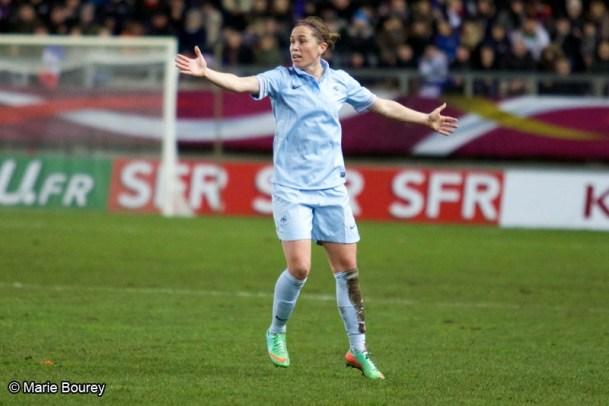 Football - Equipe de France féminine de football - Camille Abily