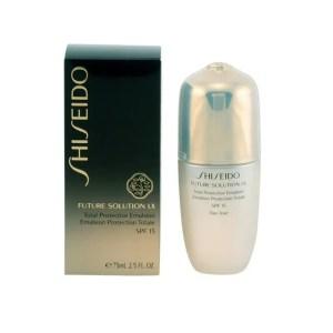 Shiseido – Future Solution LX Total Protective Emulsion SPF 15 75 ml