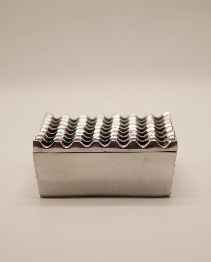 Τασάκι μεταλλικό αλουμίνιο 7 x 7 τρύπες