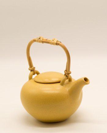 Τσαγιέρα κεραμική κίτρινη με μπαμπού χερούλι διαμέτρου 15 cm