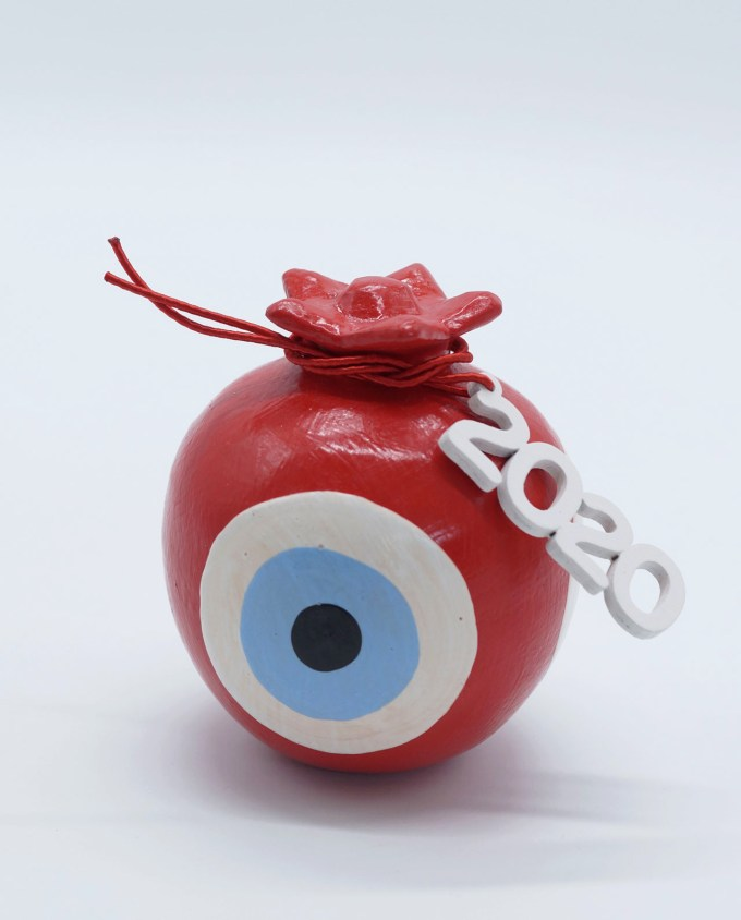 Lucky charm 2020 round red pomegranate wooden