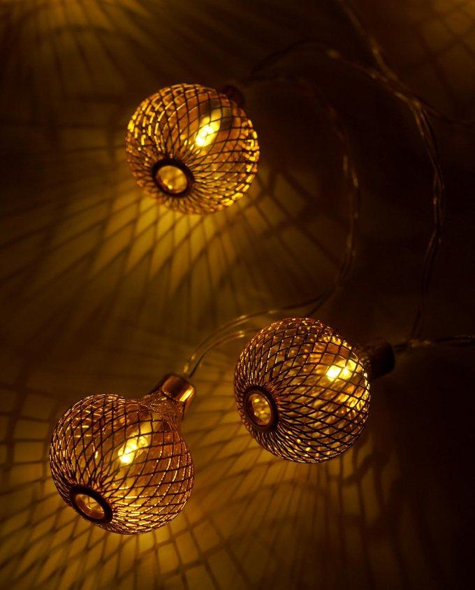Λαμπάκια 10 led μπαλάκια μεταλλικά μήκος 2 m