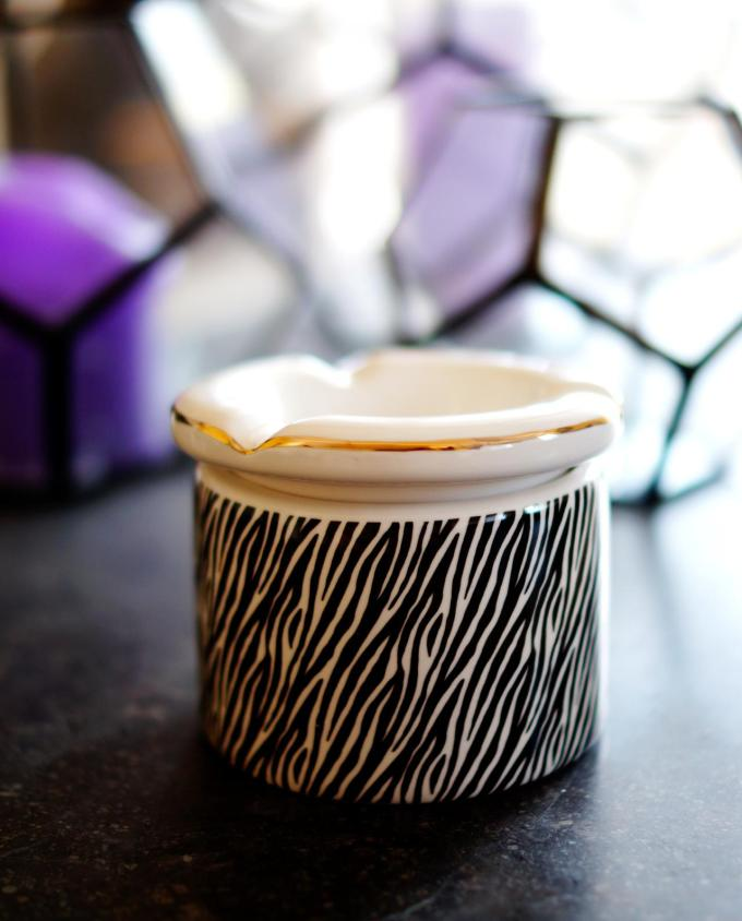 "Ashtray ceramic ""Zebra I"" diameter 10 cm"