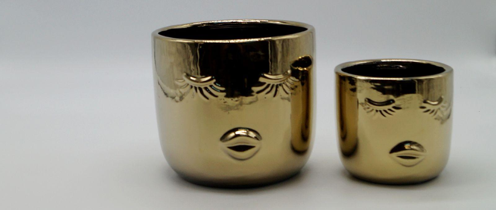 pots-golden-lady-style-desktop