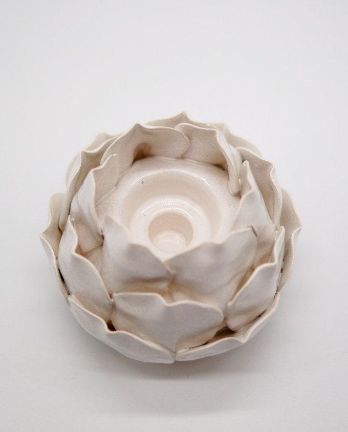 "Tealight Ceramic Beige ""Flower"" Height 11 cm"