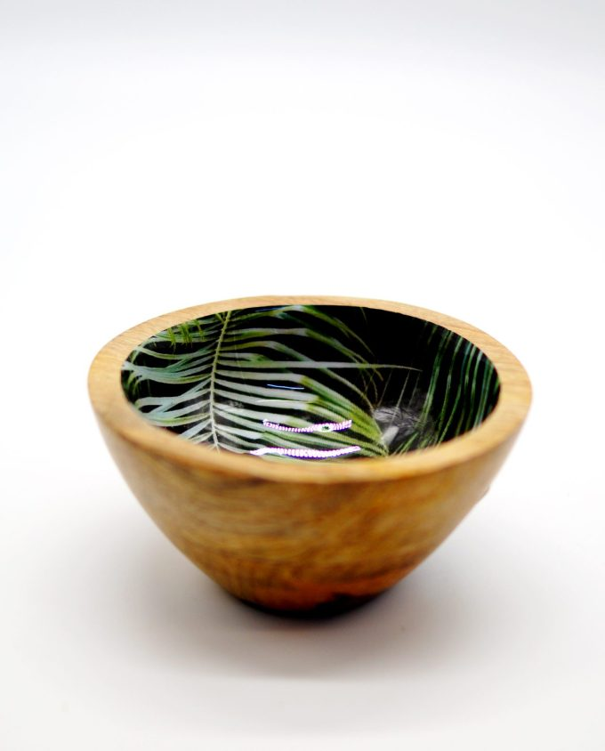 Bowl wooden from Mango wood, light brown with inside leaves pattern