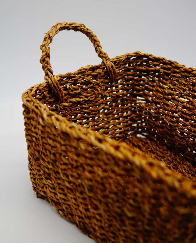 Rectangle basket made of seagrass, Dimension: height 18 cm, 38 cm x 28 cm