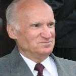 Алексею Ильичу восемьдесят лет