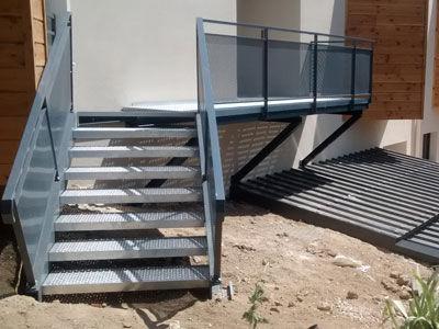 escalier metallique pres de voiron