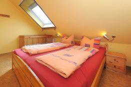 Schlafzimmer Doppelbett Totale