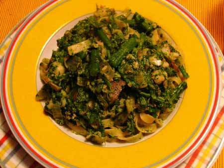 Tagliatelle mit Brokkoli und Merluzzo -Kabeljau-