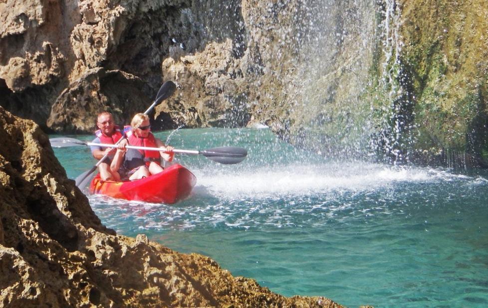 kayak_tour_maro