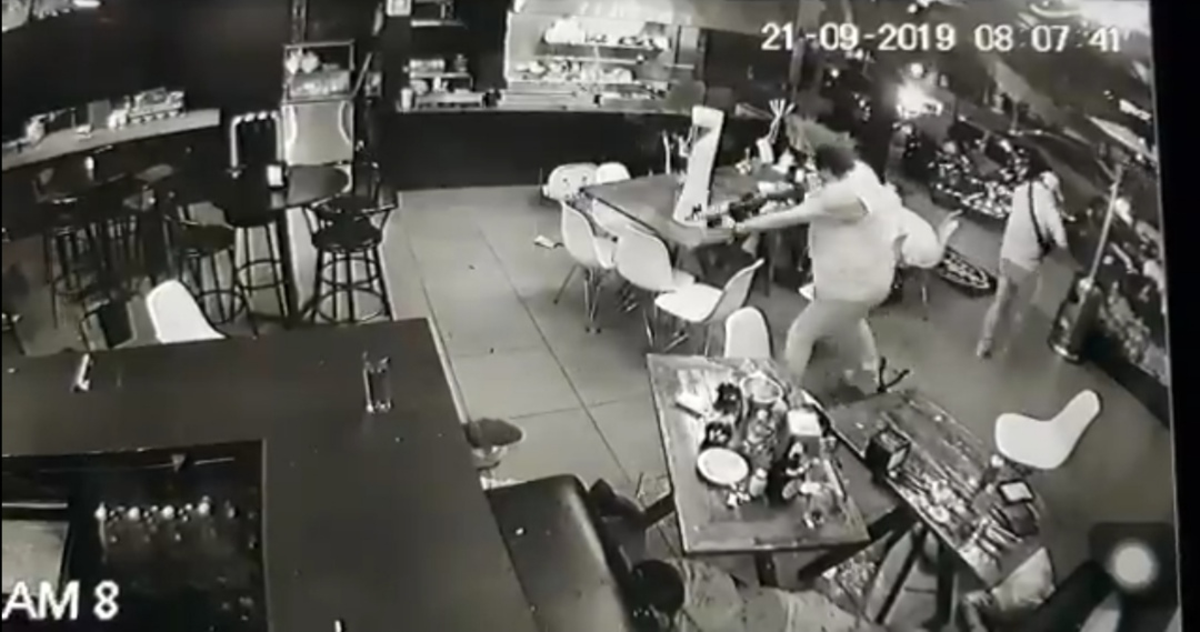Difunden video del ataque en bar de Uruapan