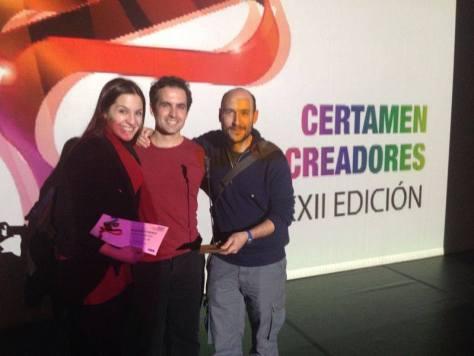 María Prado, Fernando de Retes, y Pablo Huetos en la entrega de premios