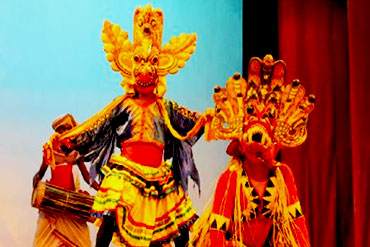 Places to see in Sri Lanka Kandy Cultural Show