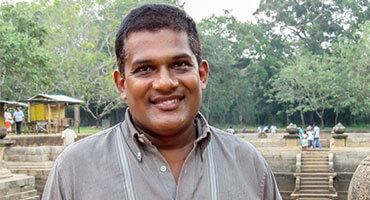 Ravi Mahamuthugala - Private driver Fernando Tours