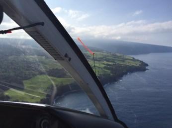Big Island Hawaii - Helicopterflug mit Ausblick auf Küste