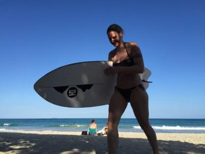 Kailua Hawaii O´ahu - ich mit Surfboard am Strand