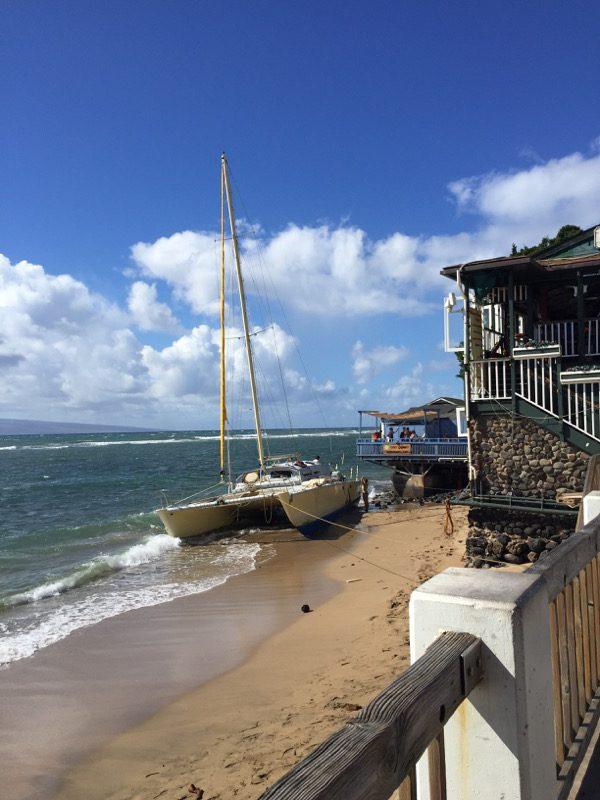 Maui Hawaii - Lahania - kaputtes Boot - angeschwemmt nach Unwetter