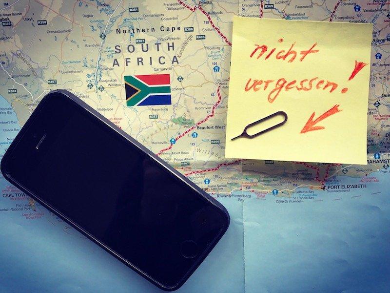 SIM Stift nicht vergessen. Stimmgabel-Stift, Büroklammer oder SIM-Werkzeug.. Mobiles Internet auf Reisen und im Ausland über Pocket WiFi