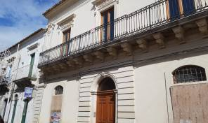 RG 27 Palazzo nobiliare