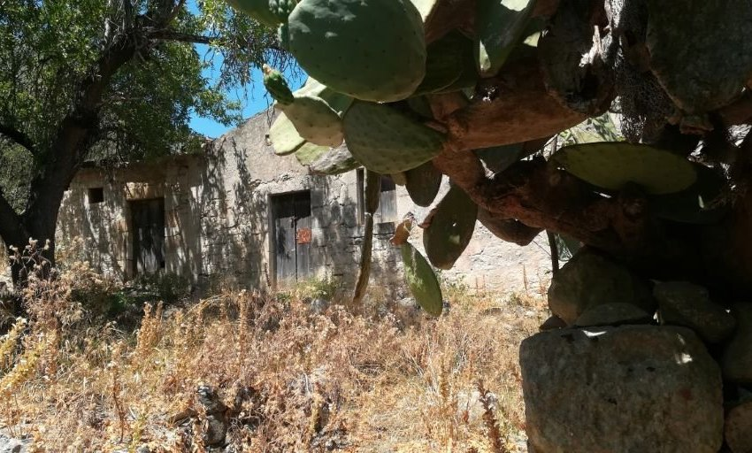 fabbricato-rustico-vendita-scicli-natura-casale-terreno-ragusa