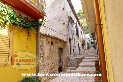 casa-singola-via-monviso-scicli-centro-storico-ragusa-sicilia