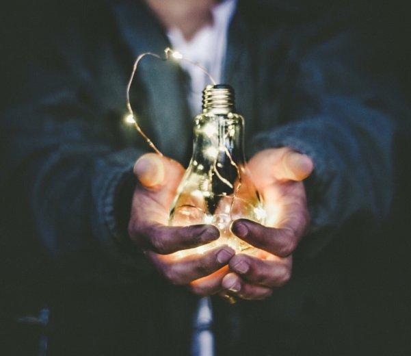 el emprendimiento, el sacrificio y el compromiso
