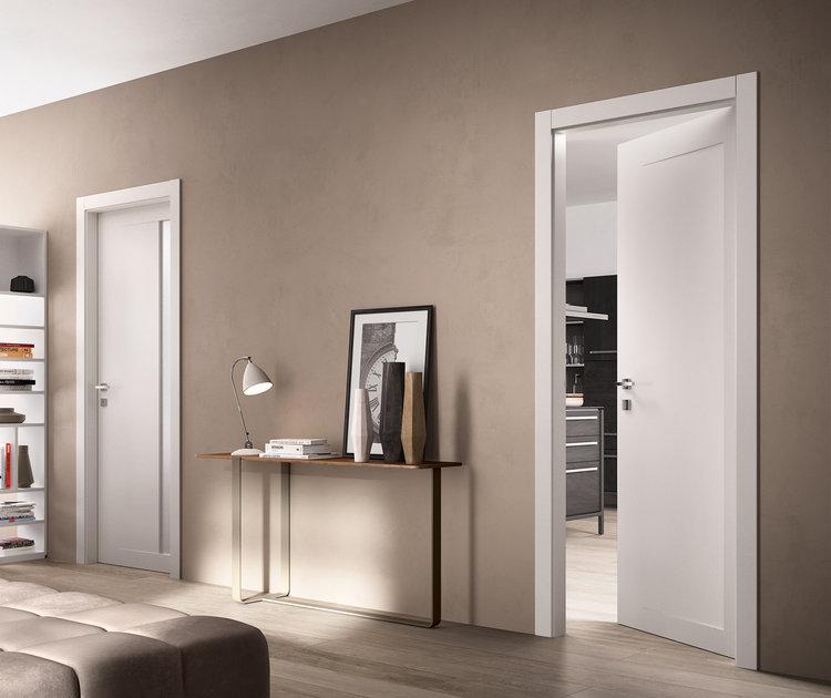 Per la produzione utilizza un legno chiaro o scuro;la finitura ; Classicity Arredare Casa In Stile Classico Moderno