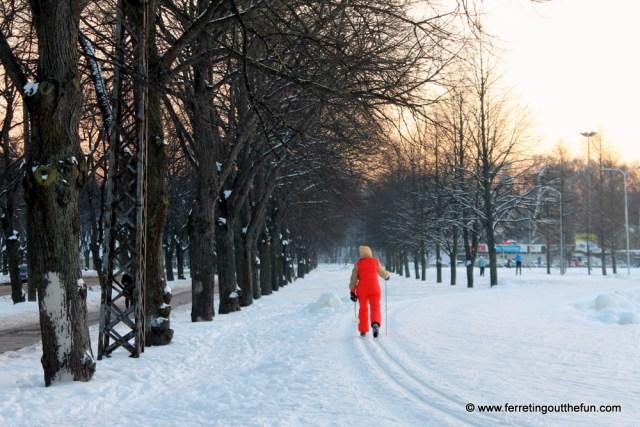 skiing in uzvaras park riga