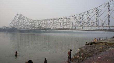 Das Wahrzeichen Kolkatas: die Howrah-Bridge