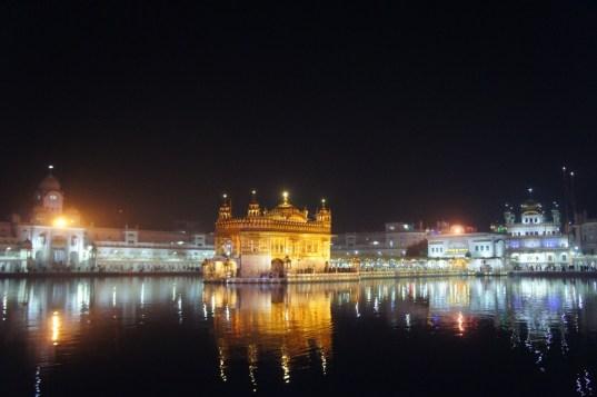 Die heiligste Städte der Sikhs: der Goldene Tempel