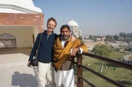 ... mein Superstadtführer in Multan, der mich auf der Straße aufgegabelt hat und mir ganz spontan den ganzen Vormittag die Stadt gezeigt und zum Essen eingeladen hat (ohne überhaupt an eine Gegenleistung zu denken)...