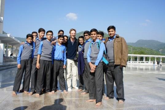 ... eine Schulklasse in der Faisal-Moschee in Islamabad...