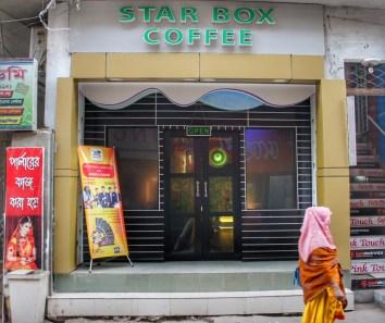 Hat Starbucks etwa von STAR BOX COFFEE in Dhaka geklaut?