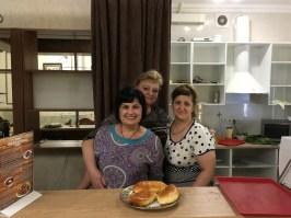 Die Damen in dieser Stolowaja in Pjatigorsk zauberten ein tolles Mittagsmahl.