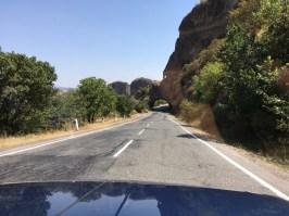 Von Goris bis zum armenisch-iranischen Grenzübergang in Meghri sind es noch rund 160 Kilometer extrem alpiner Straße.