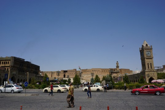 Blick vom Zentralen Platz auf die Zitadelle Erbils