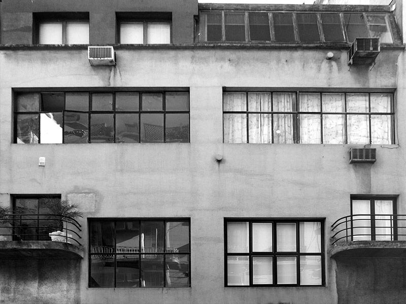 Edificio Tres Sargentos 436