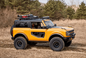 2021 Ford Bronco Side view