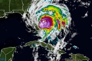 """الإعصار """"ماثيو"""" يجتاح إلي  ولاية فلوريدا ويهدد بأضرار """"كارثية"""""""