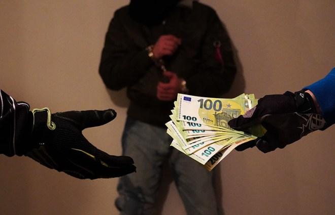 Sklavenverkauf - Copyright 2020, fesselblog.de