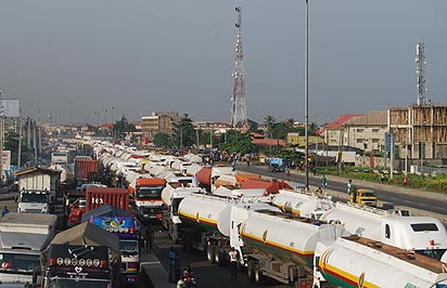 Apapa-Mile2-Oshodi Gridlock & Effect On Festac