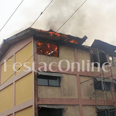 fire-in-festac-claims-4-houses (5)