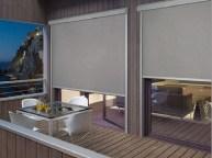 Chiusura balcone con tende in pvc cristal trasparente quadrettato inglese. Tende A Rullo Per Esterni In Pvc Oscuranti Filtranti Su Misura