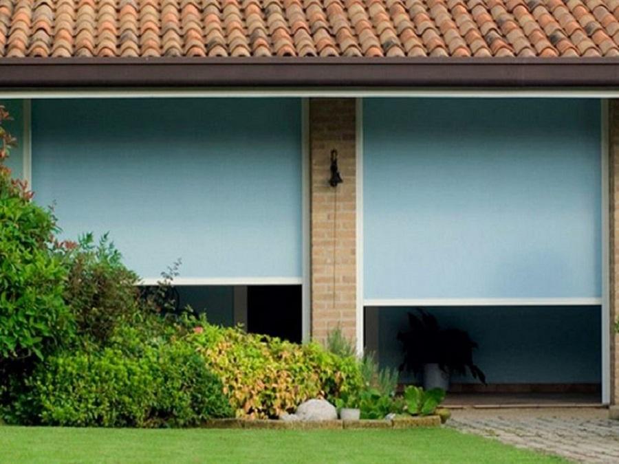 Tende da sole per pergole e strutture in legno ideali per la copertura di spazi di grandi dimensioni come giardini, patio e ville. Tende Da Sole A Caduta Con Guide Laterali Per Pergolati E Balconi
