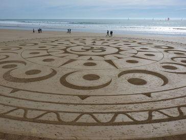 Beach_art_Michel_Jobard (8)