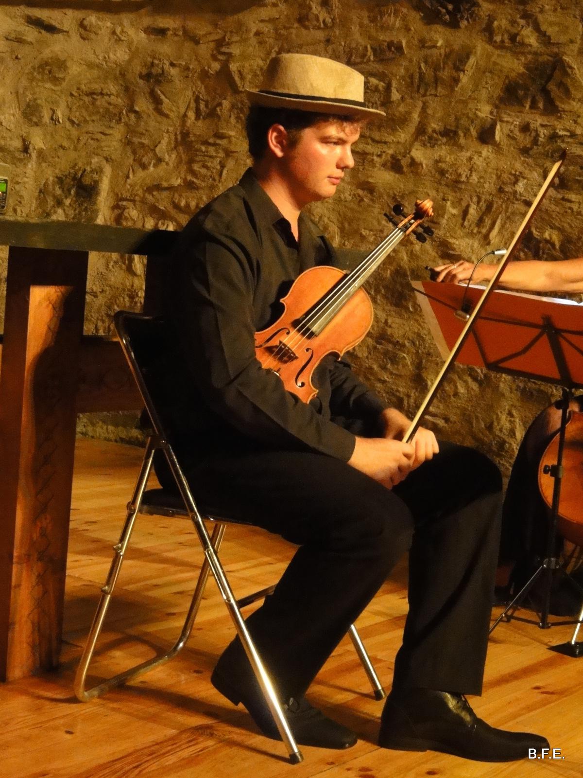 Quentin Viguier violoniste ensemble Zeste